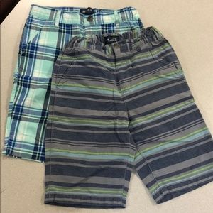 2 pairs of Children's place shorts size 10